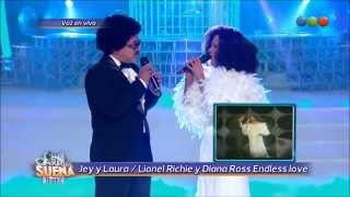 LAURA Y JEY son Lionel RIchie y Diana Ross (Endless Love).