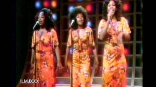THE SHIRELLES - TONIGHT'S THE NIGHT (LIVE VIDEO FOOTAGE 1973)