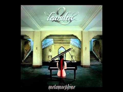 Lullaby de Leandra Letra y Video