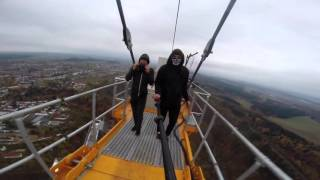 256m hoch: Ungesichert & illegal Freeclimb auf zweithöchstem Turm Deutschlands