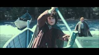 Frodo saves Sam from drowning.