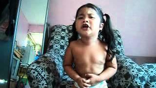 3 years old Singing Pusong Bato (LJ Aliman).AVI