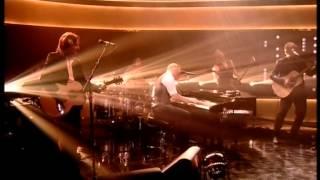 Gary Barlow :sings Let me go live amazing performance The Jonathan Ross Show Sat 23rd Nov 2013