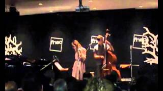 Luisa Sobral - Clementine (Live at Fnac Colombo)