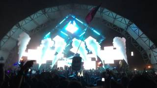 """Marshmello + Red Hot Chili Peppers """"The Otherside"""" at Something Wicked"""