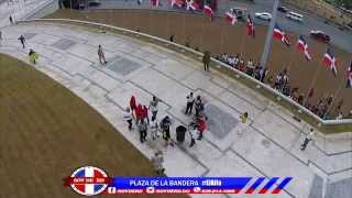 Carlito Wey y Crazy Design Apoyando a El Alfa En Su Segundo Dia En La Plaza De La Bandera #RD