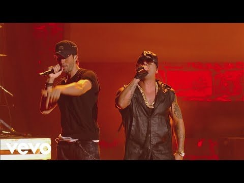 Tonight (I'm Loving You) & DUELE EL CORAZON (Premios Juventud 2016, Courtesy of Univision)