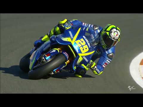 2017 #ValenciaGP - Suzuki in action