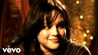 Norah Jones - What Am I To You?