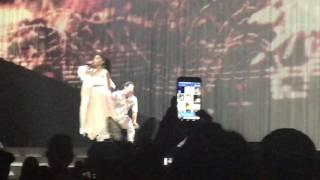 Touch It - LIVE - Dangerous Woman Tour NASHVILLE Ariana Grande