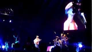 Manu Chao - MENTIRA (en vivo Festival de los 7 Mares Lima 17/03/12)
