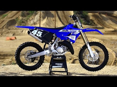 2016 Yamaha YZ125 2 stroke ||Shaken not Stirred|| Motocross Action Magazine