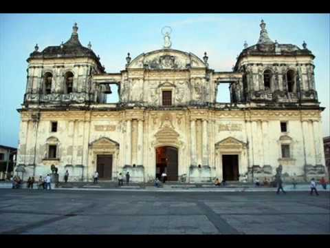 catholic cathedral… Leon, Nicaragua (Central America)