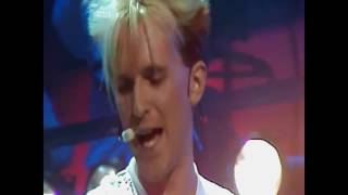 Howard Jones - What Is Love (Top Of The Pops) HD