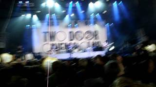 Two Door Cinema Club - Something Good Can Work (live @ Rock Werchter 2011)
