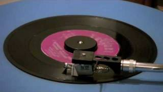 Barry And The Tamerlanes - I Wonder What She's Doing Tonight - 45 RPM