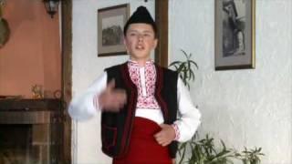 Daniel Karaasenov Serafim Kafedjiev -Edno sa ludo izruka