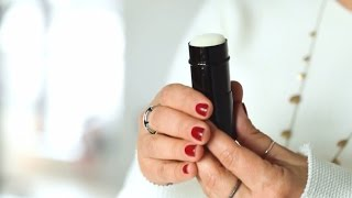 How To: Use A Kabuki Brush
