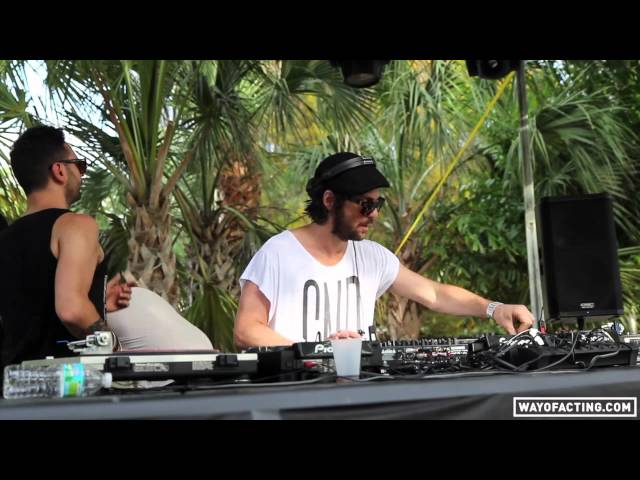 Video en directo de Audiofly - Flying Circus (Miami)