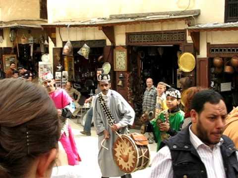 Fez medina street performers