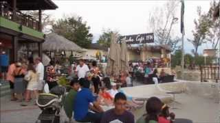 Negril Jamaica Tours & Attractions-Rick's Cafe