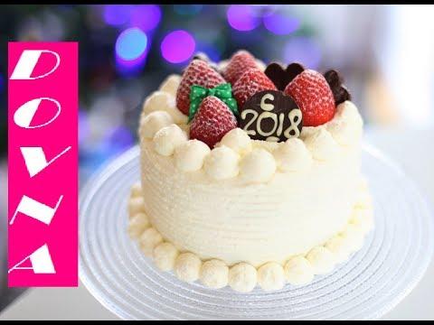 Бисквитный торт с фруктами и взбитыми сливками новогодний рецепт от Dovna Entrprises