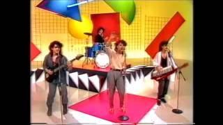 Pseudo Echo  performing 'Don't Go' on Hey Hey It's Saturday 1985