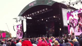Oxegen festival 2011: Slash and Fergie Beautiful Dangerous