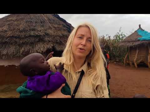 Hjælp til sultne familier i Uganda