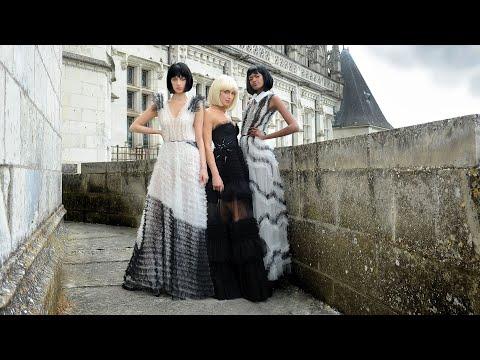 LA MÉTAMORPHOSE осень-зима 2020/21 «Красивая луна» Неделя моды в Париже