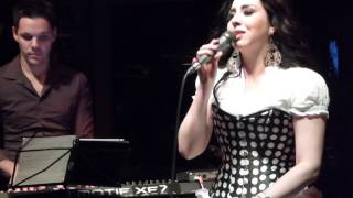 "Kelly Moore -  Dia de Domingo ""GAL COSTA"" 