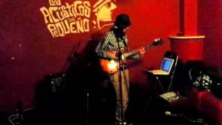 Seilaesencia - Despierta la fiera (Live @ El pequeño Karma 10-12-15)