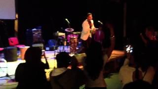 Rolf Sánchez - vivir mi vida live ( marc anthony )