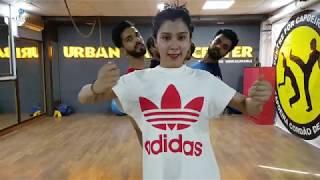 BUZZ   Aastha Gill & Priyank Sharma Dance rehearsals