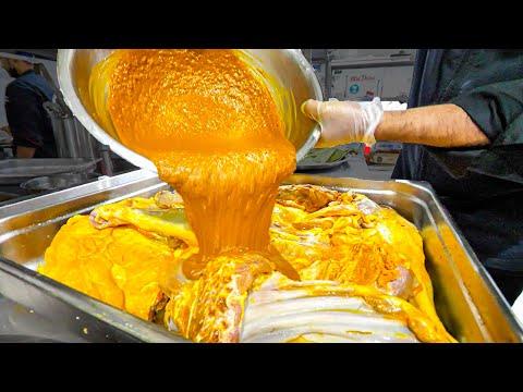 EXTREME Food in Dubai – FULL Madfoun Platter Making w/ @Peyman Al Awadhi !!!