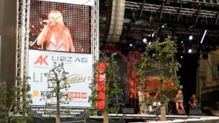 Alexandra Stan - Mr. Saxobeat / LIVE am Kronefest Linz/Austria 2011