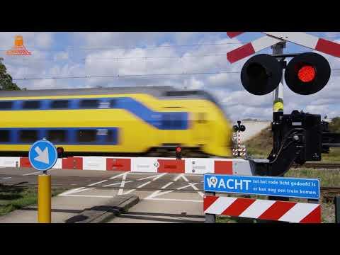 DUTCH RAILROAD CROSSING - Sint Odiliënberg - Stationsstraat