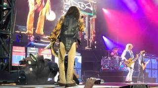 "Aerosmith ""Rag Doll"" LIVE Concert!!"