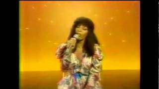 Donna Summer - On The Radio (Clip Officiel)