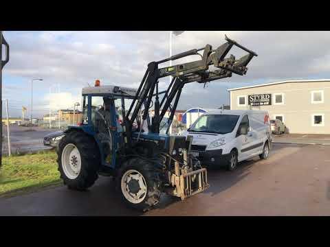Köp Traktor New Holland 3435 på Klaravik