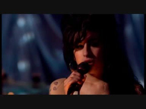 amy-winehouse-some-unholy-war-live-in-london-indira-idi