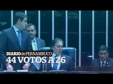 Por 44 votos a 26, Senado revoga afastamento de Aécio Neves