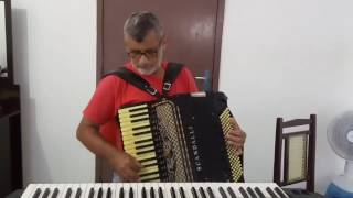 Padre Neto Sanfoneiro do Grupo de forró os Capangas do Forró