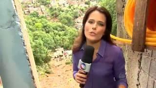 Adriana Araújo lindíssima de calça de couro