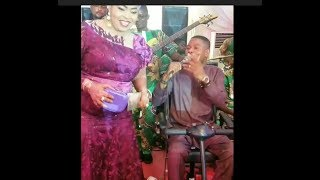 Check Out Actress Toyin Tomato Dance Moves As Yinka Ayefele Sing for her At Owambe Party