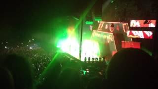 Chris Brown - Bassline (Live & O2 Dublin)