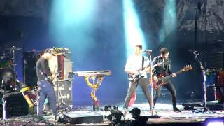 Heroes (cover David Bowie) - Coldplay live in Santiago, Chile 03-04-2016