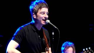"""Half the World Away"" - Noel Gallagher live @ Royal Albert Hall, London 30 March 2017"