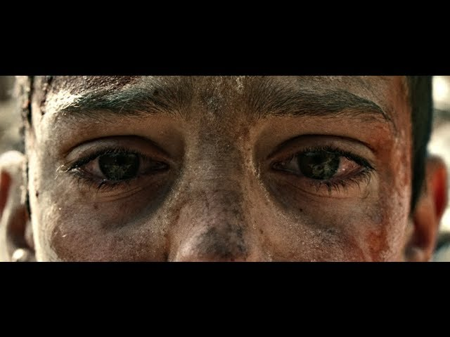 """Vídeo oficial de la canción """"War"""" de Residente."""