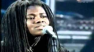 Tracy Chapman-Baby Can I hold you-Tradução